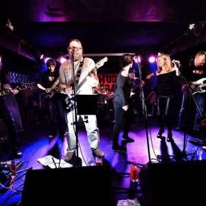 HUDBA PRAHA band live